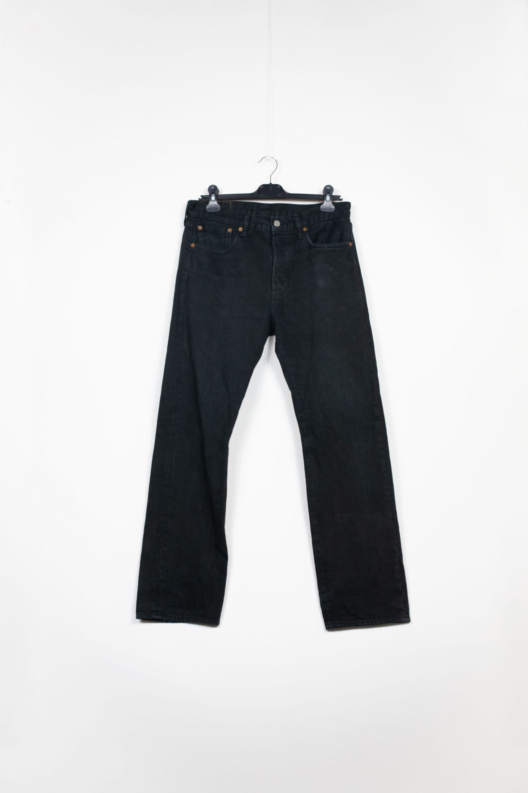 Jean Levi's Noir 501