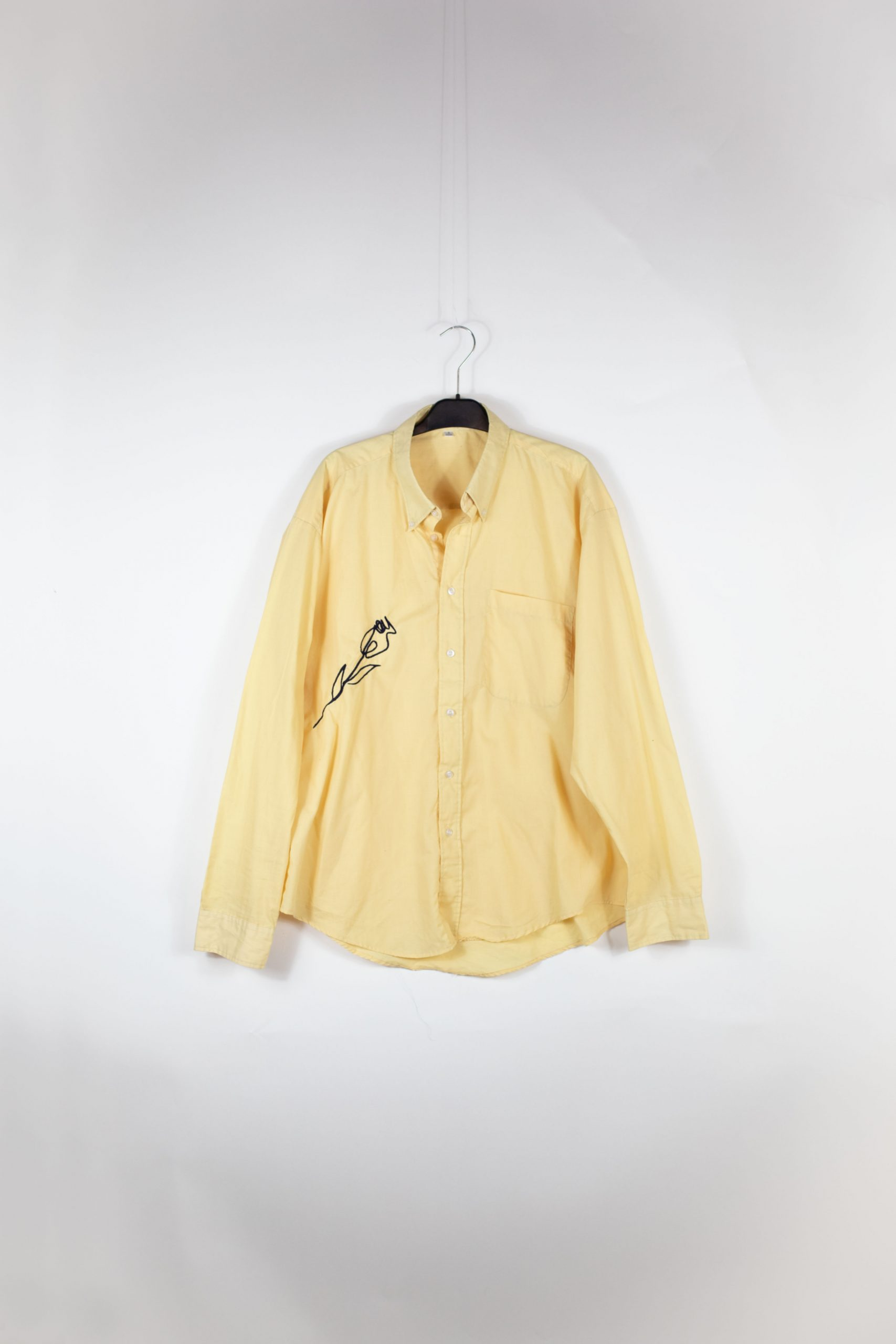 chemise jaune rose